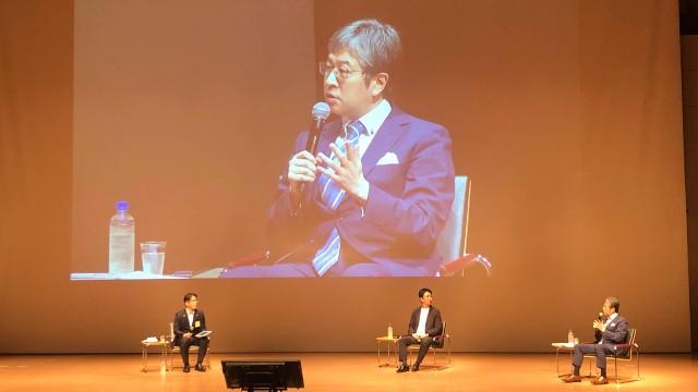 公益社団法人日本青年会議所が主催するサマーコンファレンス2021に高島宗一郎市長とともに、朝比奈が現地で対談